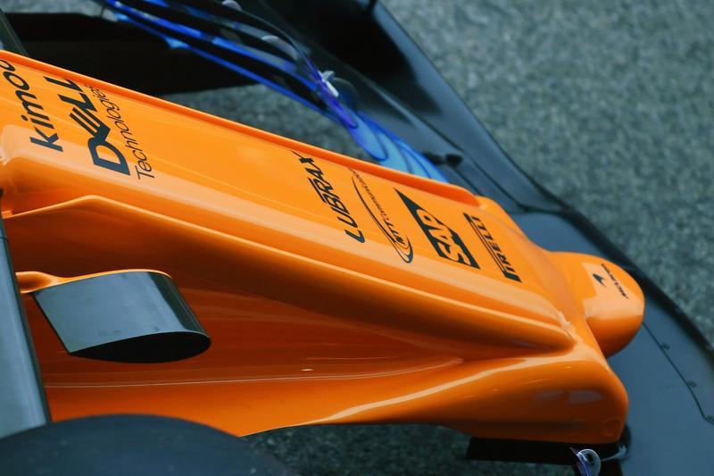 McLaren MCL33 burun detay
