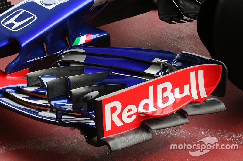 Scuderia Toro Rosso STR13 voorvleugel detail