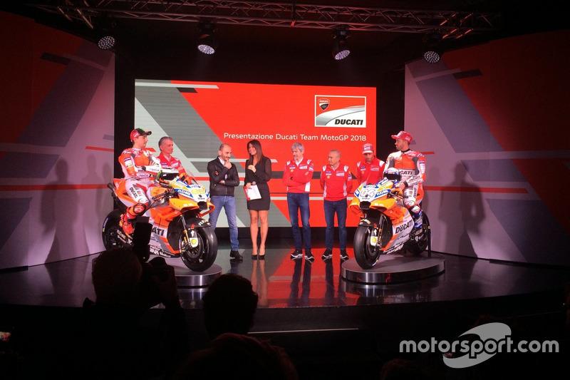 Davide Tardozzi, Team Manager Ducati y Paolo Ciabatti, Director Deportivo Ducati, Luigi Dall'Igna, Jorge Lorenzo, Andrea Dovizioso, Michele Pirro