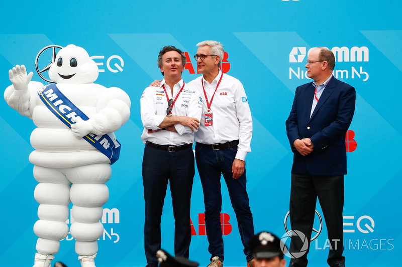 Alejandro Agag, CEO, Formula E, sul podio