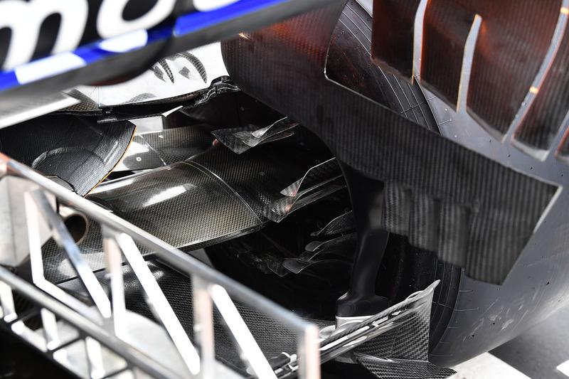McLaren MCL33 rear brake duct detail