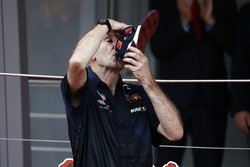 Adrian Newey, Chief Technical Officer, Red Bull Racing, drinks Champagne from the shoe of Race winner Daniel Ricciardo, Red Bull Racing