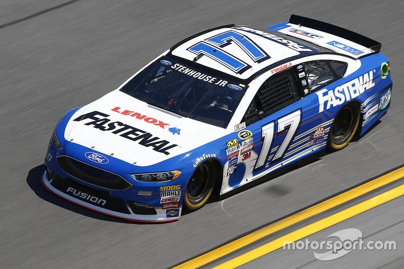 #17 Ricky Stenhouse Jr. (Roush-Ford)