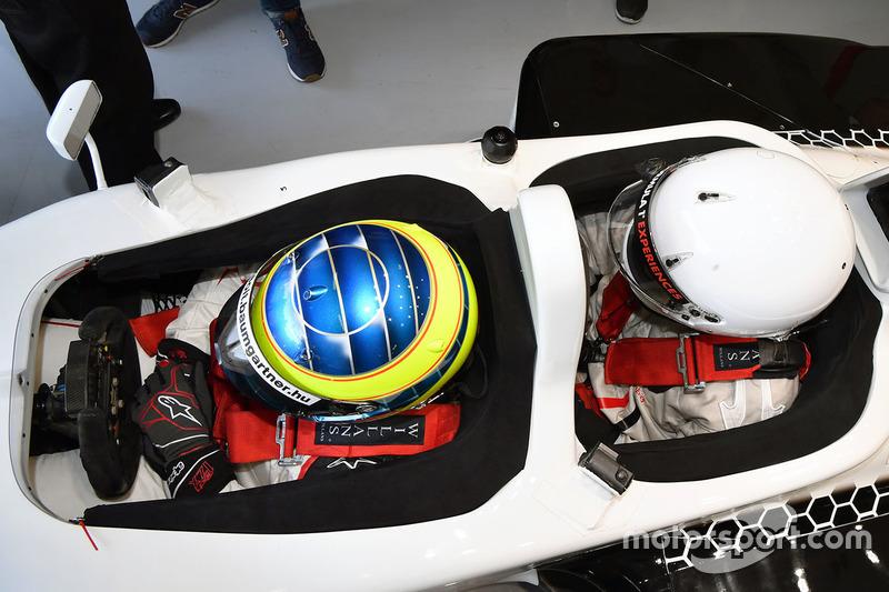 Zsolt Baumgartner, F1 Experiences 2-Seater driver and F1 Experiences 2-Seater passenger Thomas Senec