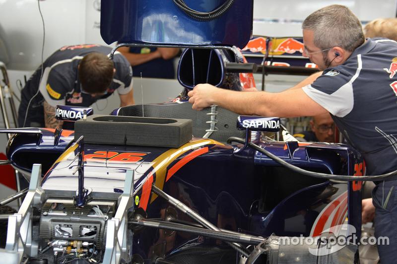 Toro Rosso STR11, Detail