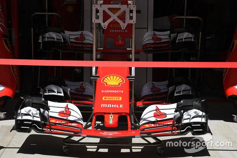 Носовой обтекатель с передним крылом Ferrari SF70H