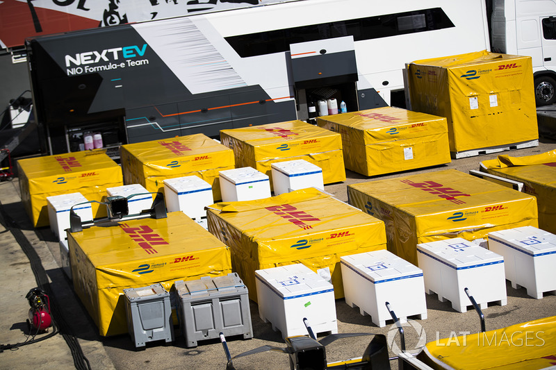 DHL freight
