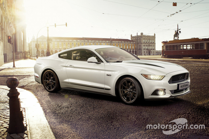 Ford Mustang Black Shadow