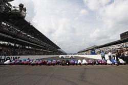Takuma Sato, Andretti Autosport Honda and team kiss the bricks