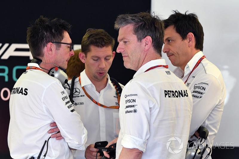 Andy Shovlin, Mercedes AMG F1, James Allison, Mercedes AMG F1, Toto Wolff, Mercedes AMG F1