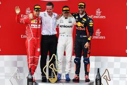 Валттері Боттас, Mercedes AMG F1, Себастьян Феттель, Ferrari, Даніель Ріккардо, Red Bull Racing