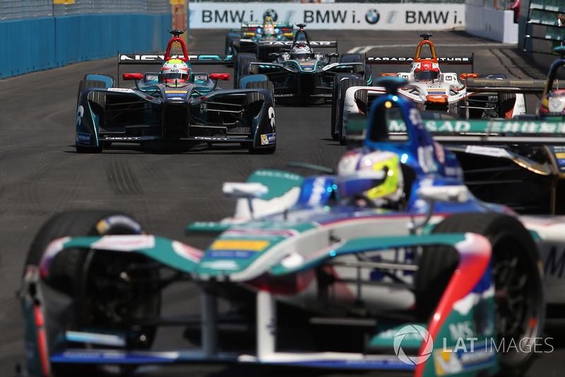 Oliver Turvey, NEXTEV TCR Formula E Team, Loic Duval, Dragon Racing