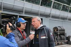 Intervista nella pit lane