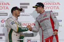 ストフェル・バンドーン(Stoffel Vandoor, DOCOMO TEAM DANDELION RACING)とアンドレ・ロッテラー(Andre Lotterer, VANTELIN TEAM TOM'S)