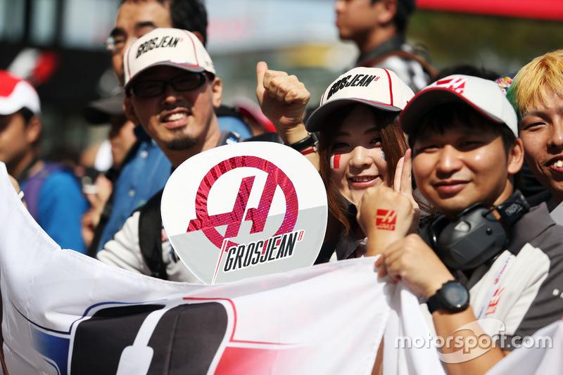 Romain Grosjean, Haas F1 Team fans