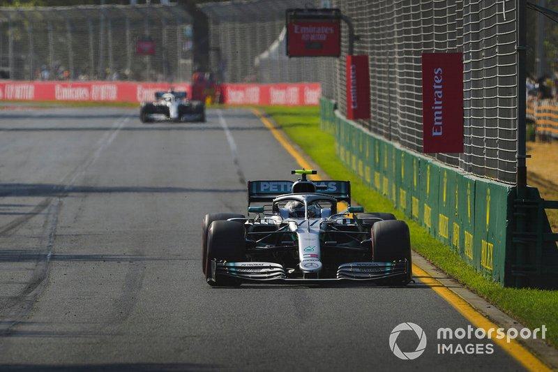 Валттері Боттас, Mercedes AMG W10, Льюіс Хемілтон, Mercedes AMG F1 W10