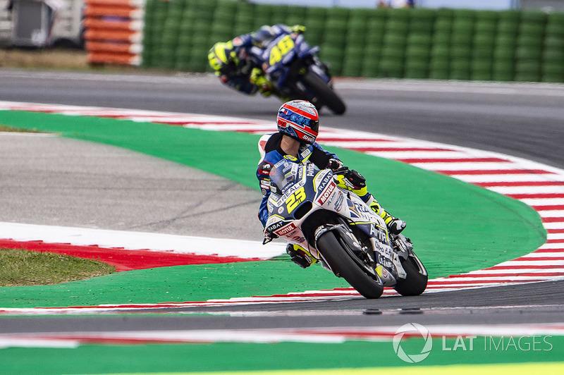 Christophe Ponsson, mirando hacia atrás la llegada de Valentino Rossi