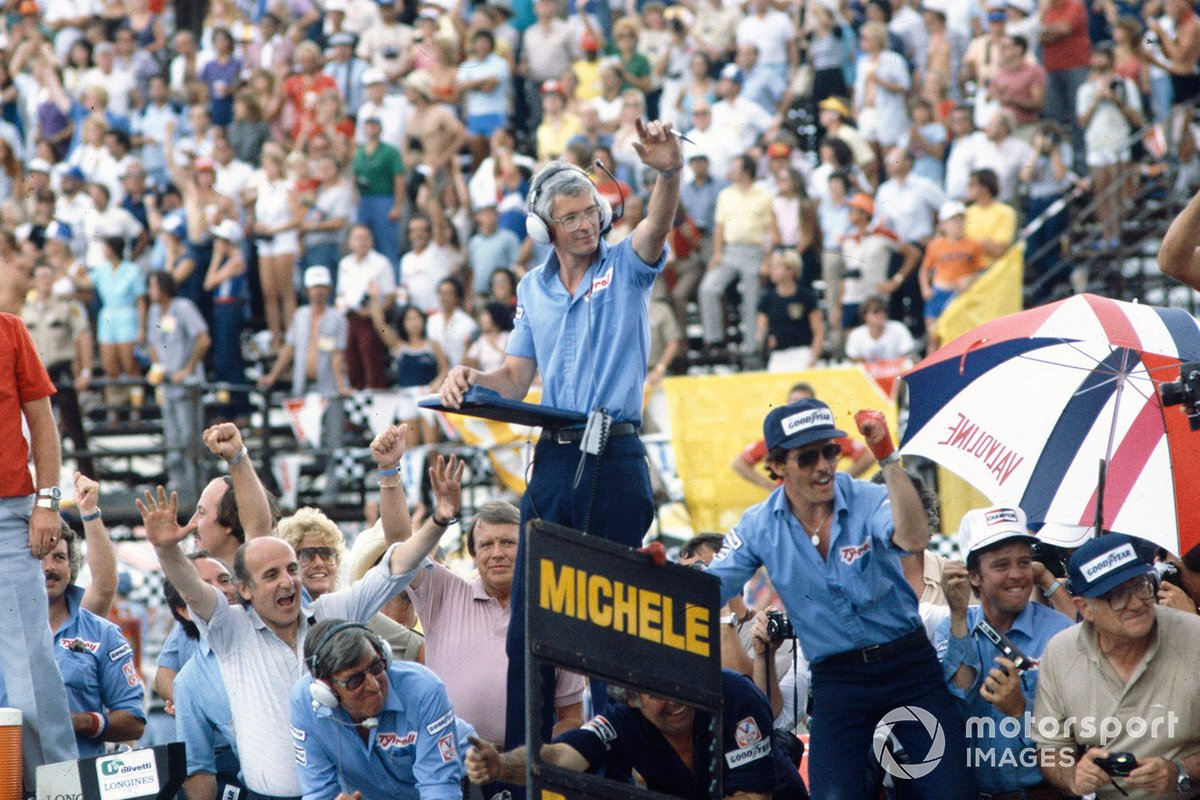 Ken Tyrrell (bottom) and race engineer Brian Lisles (standing highest) remained big fans of Michele, even after he left for Ferrari.