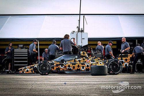 Test aeroscreen Arrow McLaren SP