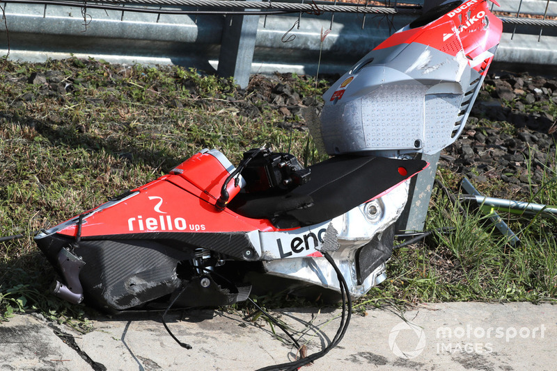 La moto di Jorge Lorenzo, Ducati Team, dopo l'incidente