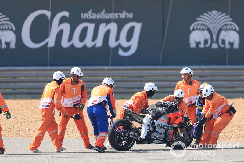 Die zerstörte Ducati nach Jorge Lorenzos Highsider in Thailand