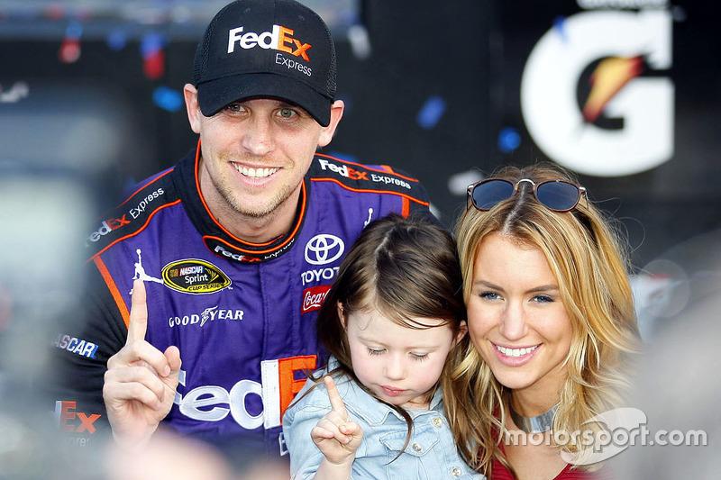 Siegerfoto mit Family