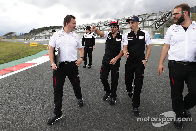 Sébastien Buemi, Fernando Alonso, Toyota Gazoo Racing