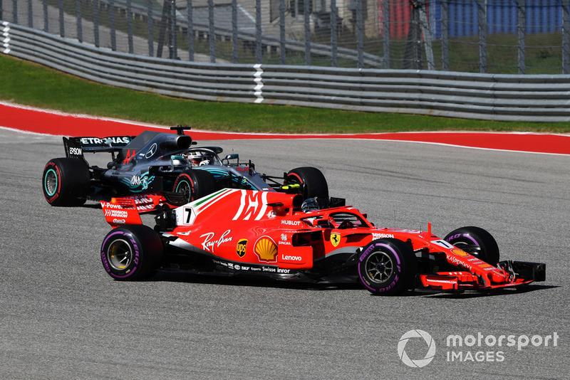 Кімі Райкконен, Ferrari SF71H, Льюіс Хемілтон, Mercedes AMG F1 W09
