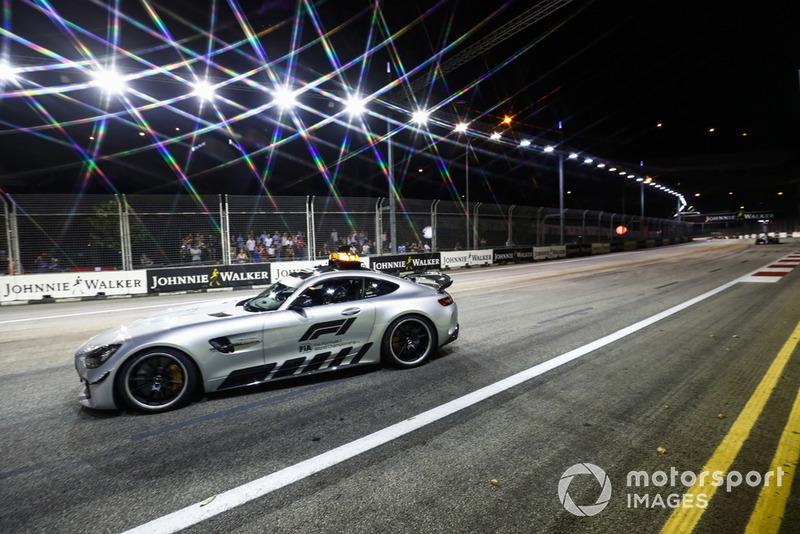 O incidente entre os pilotos da Force India colocou o Safety Car na pista