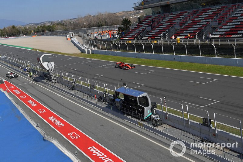 Sebastian Vettel, Ferrari SF90 e Kimi Raikkonen, Alfa Romeo Racing C38