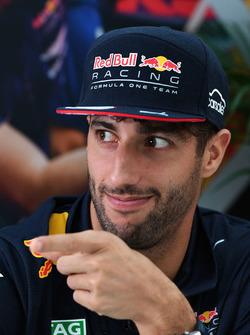 Daniel Ricciardo, Red Bull Racing Max Verstappen, Red Bull Racing