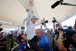 Andreas Mikkelsen, Volkswagen Motorsport celebrate the victory