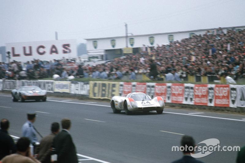 1968: Porsche 908 LH