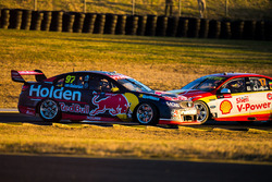 Shane van Gisbergen, Triple Eight Race Engineering Holden, Scott McLaughlin, Team Penske Ford