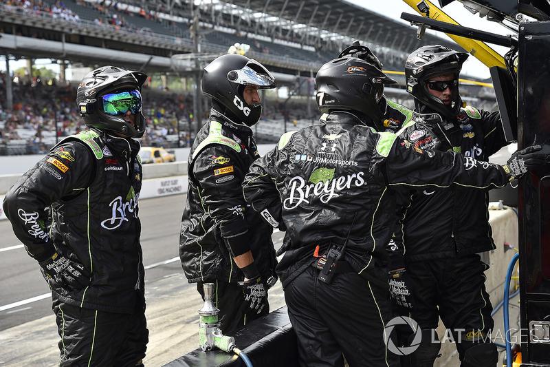 Justin Allgaier, JR Motorsports Chevrolet miembros del equipo