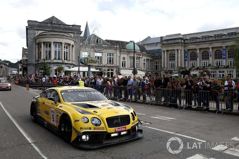 10. #9 Bentley Team ABT Bentley Continental GT3: Nico Verdonck, Christer Jöns, Jordan Pepper