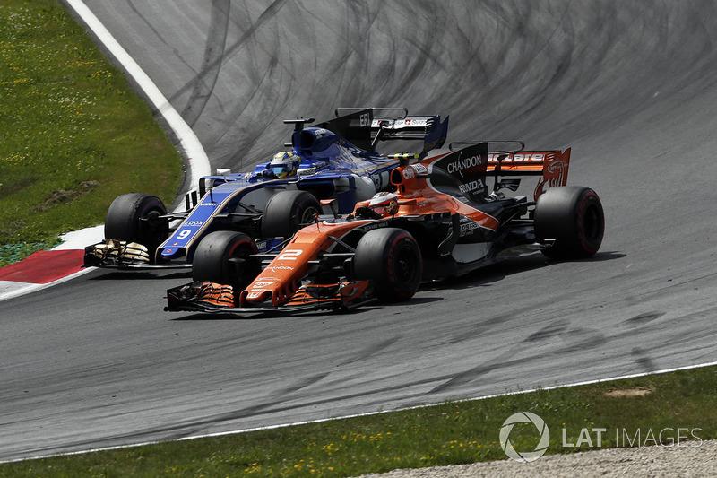 Маркус Ерікссон, Sauber C36, Стоффель Вандорн, McLaren MCL32
