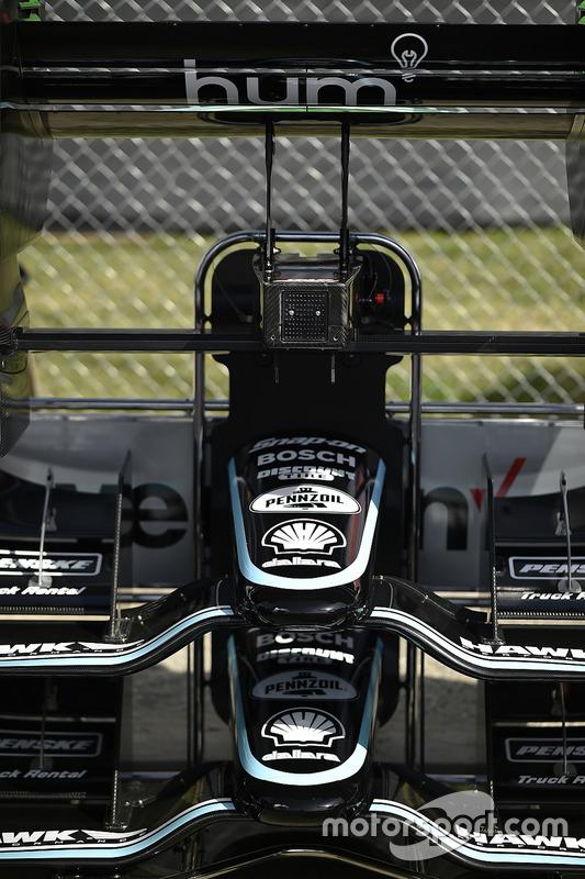 Nasen und Frontflügel für Josef Newgarden, Team Penske, Chevrolet