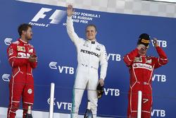 Подіум: переможець Валттер Боттас, Mercedes AMG F1, друге місце - Себастьян Феттель, Ferrari, третє місце - Кімі Райкконен, Ferrari