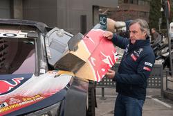 Carlos Sainz, Peugeot Sport nelle strade di Madrid