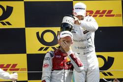 Podio: ganador de la carrera René Rast, Audi Sport Team Rosberg, segundo puesto Gary Paffett, Mercedes-AMG Team HWA