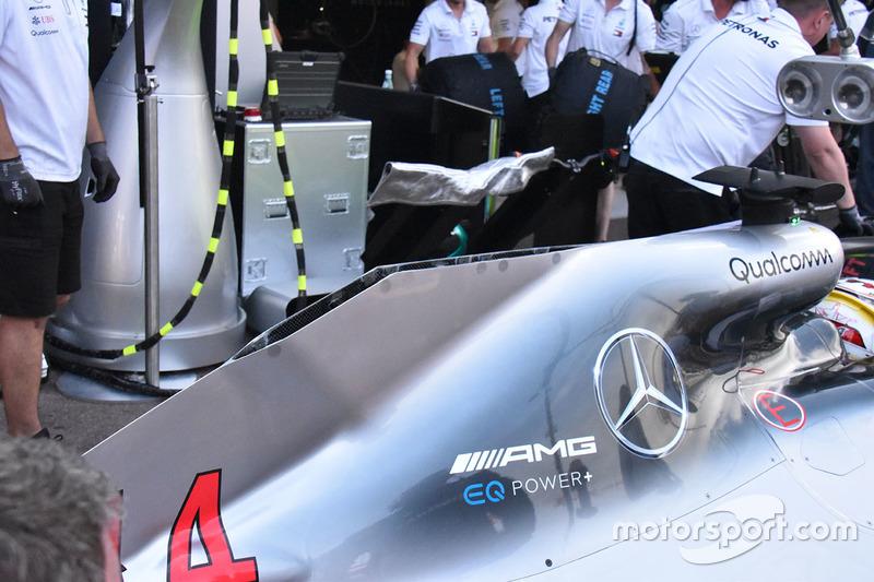 Mercedes AMG F1 W09 rear bodywork detail