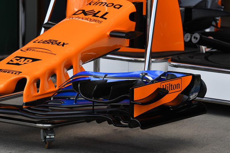 McLaren MCL33: Frontflügel-Halterung