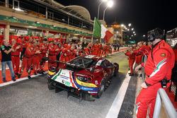 LMGTE Pro yarış galibi #71 AF Corse Ferrari 488 GTE: Davide Rigon, Sam Bird