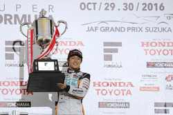 Podium: race winner Yuji Kunimoto, Cerumo Inging