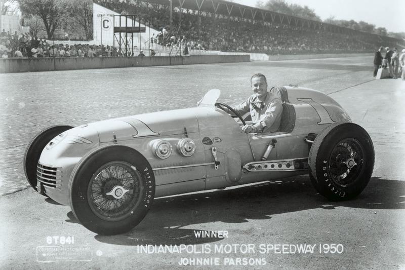 Ganador de la carrera Johnnie Parsons
