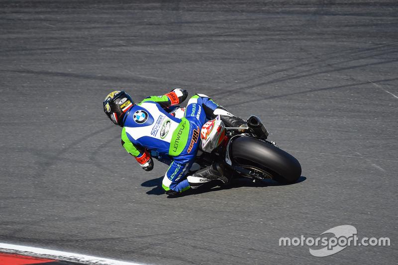 #48 NRT 48 by Schubert Motors, BMW: Bastien Mackels, Dominik Vincon, Stefan Kerschbaumer