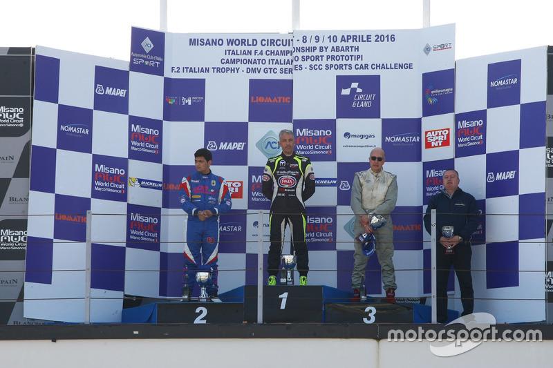 Podio Gara 1: il vincitore Davide Uboldi, Eurointernational, il secondo classificato Danny Molinaro,
