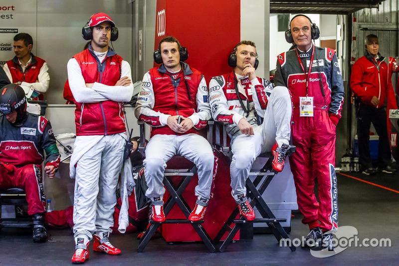 Audi Sport Team Joest Audi R18: Lucas di Grassi, Oliver Jarvis, Marcel Fassler ve Dr. Wolfgang Ullri