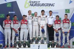 Podium: 1. Timo Bernhard, Mark Webber, Brendon Hartley, Porsche Team; 2. Lucas di Grassi, Loic Duval
